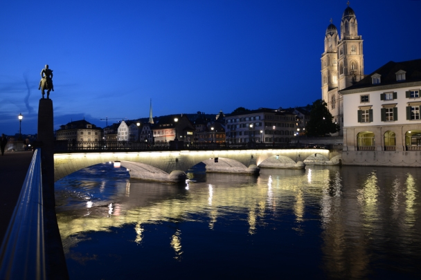artborghi-blue-light-zurich-1