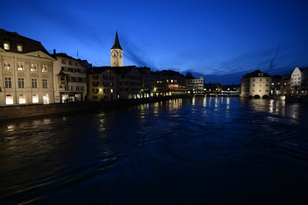 artborghi-blue-light-zurich-4