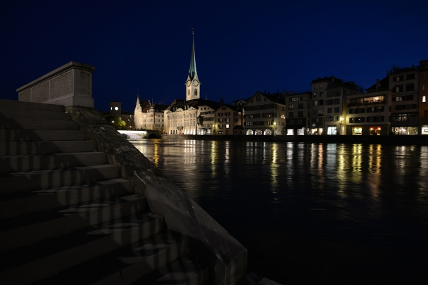 artborghi-blue-light-zurich-6