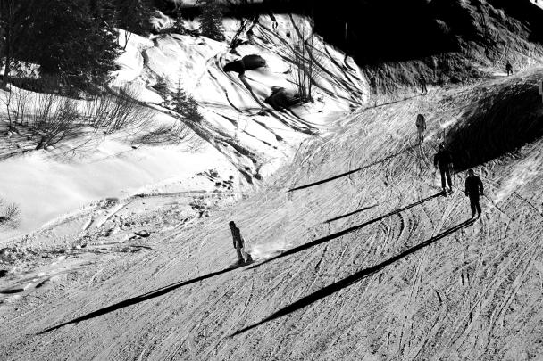 artborghi- black and white snow -2