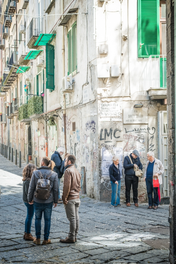 In the labyrinth of Naples city center